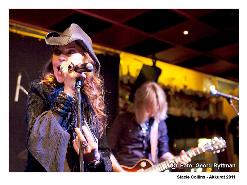 Stacie Collins - Akkurat 2011