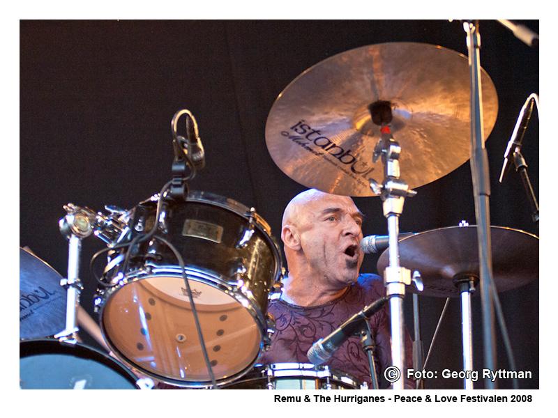 Remu & The Hurriganes - Peace & Love Festivalen 2008