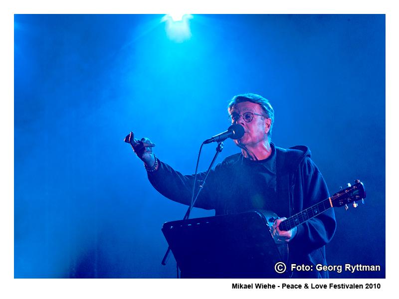 Mikael Wiehe - Peace & Love Festivalen 2010
