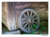 Skansen - Vangshjul som lutar mot en vägg