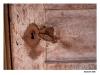 Skansen - Rrostigt lås på gammal trädörr