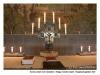 Korset, altaret och katafalken i Heliga Korsets Kapell - Skogskyrkogården